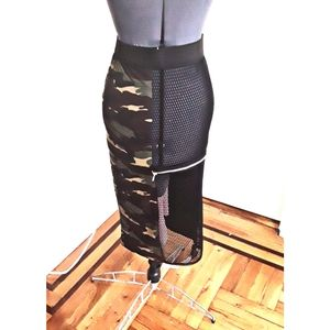 BGU Camouflage Pencil Skirt Green Size L